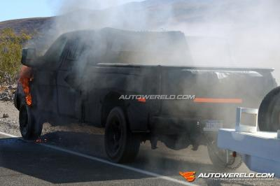 Heftig! Prototype Ford explodeert in Death Valley