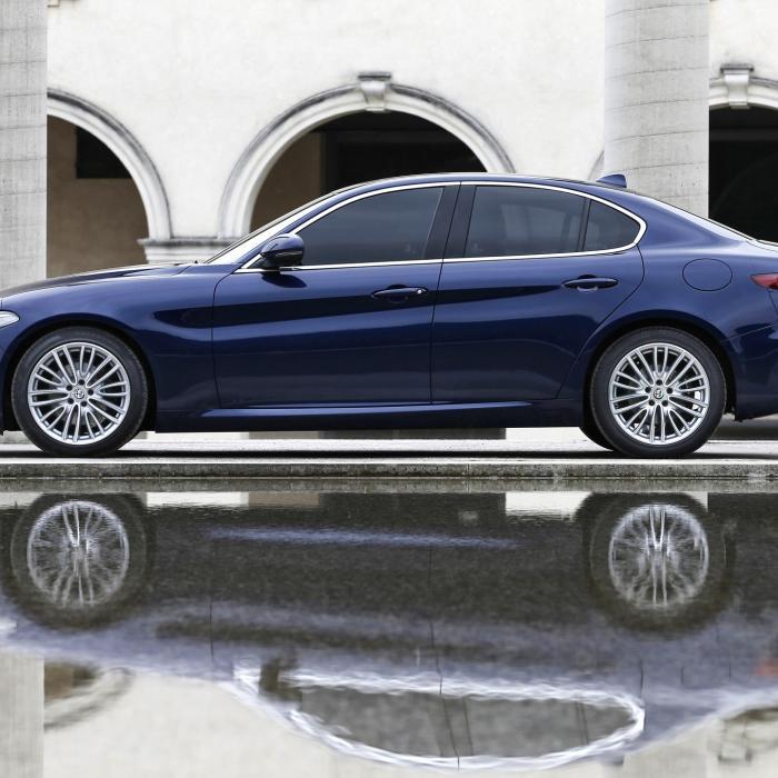 Alfa Giulia wordt met elke fotoserie sexier
