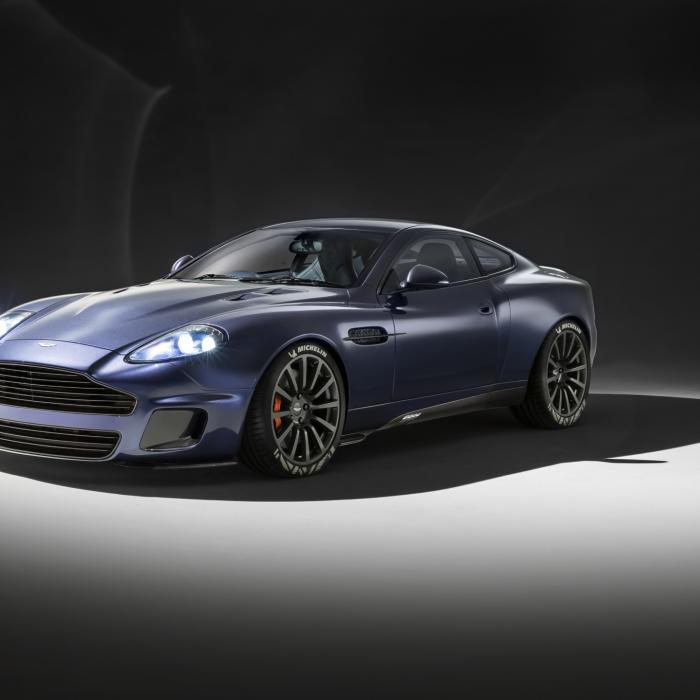 Kleuren met Callum: Deze Aston Martin-kleurplaten zijn tof