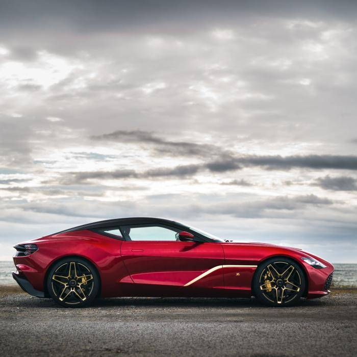 De Aston Martin DB4 GT Zagato En DBS GT Zagato Zijn Een