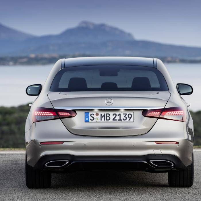Nieuwe Mercedes E-klasse doet het omgekeerd