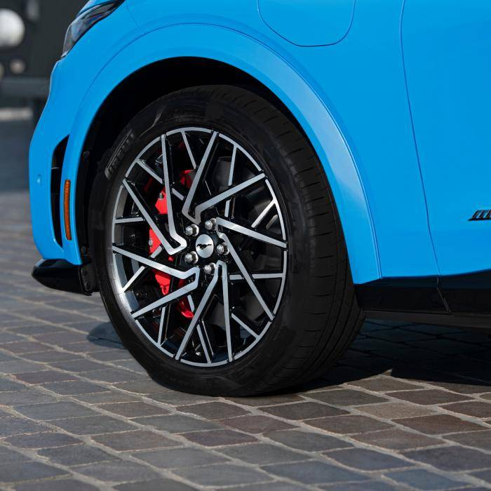 Voorzichtige eerste review: Ford Mustang Mach-E GT