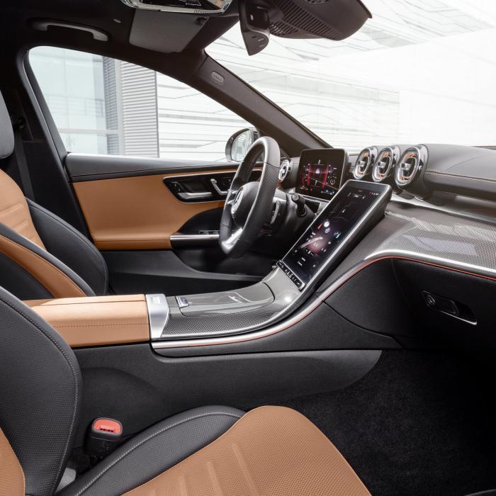 Herken jij de nieuwe Mercedes C-Klasse tussen alle andere Mercedessen?