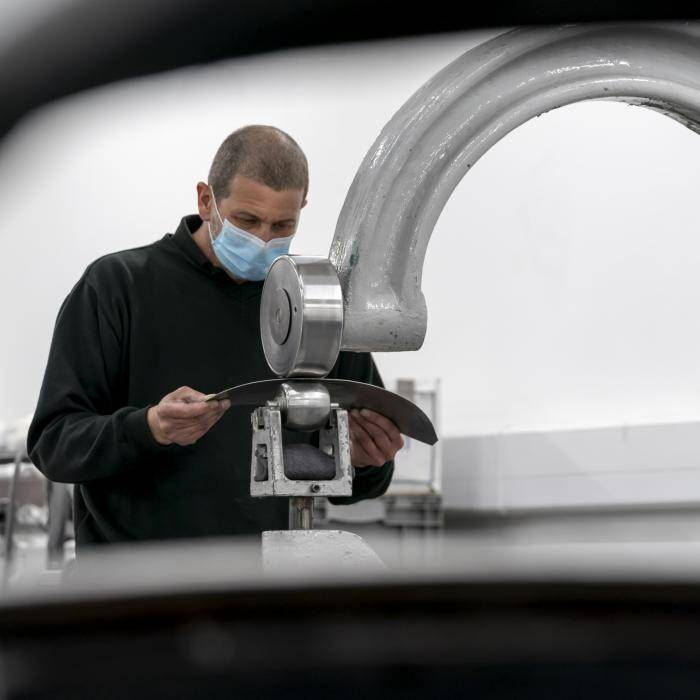 Aston Martin DB5 weer in productie, compleet met James Bond-gadgets