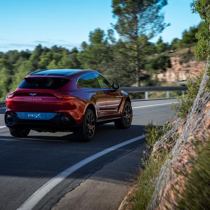 Aston Martin melkt DBX optimaal uit met andere carrosserievarianten