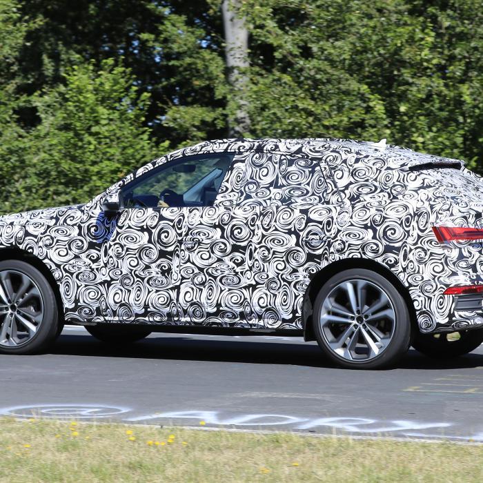 Audi Q5 Crossback traint voor duel met BMW X4