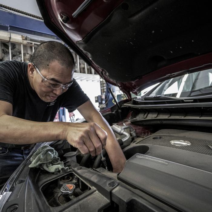 Dure auto-onderdelen: zo houd je de reparatiekosten laag