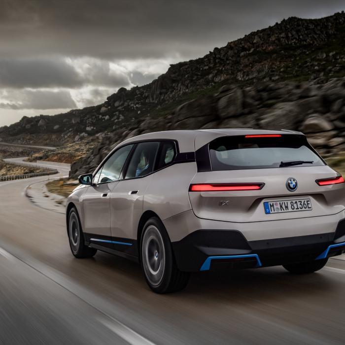 Elektrische BMW iX (2021) gaat op Tesla-jacht