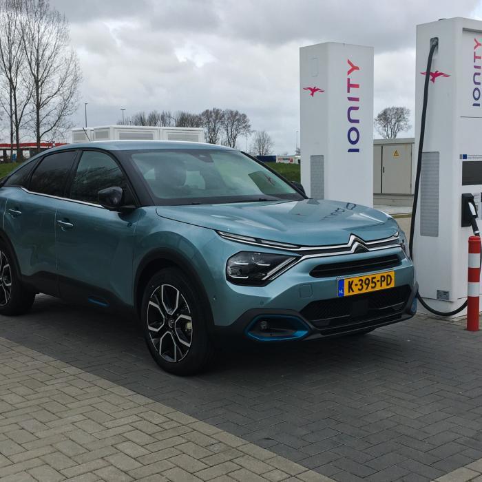 Elektrische Citroën e-C4: actieradius gemeten bij 100 en 130 km/h