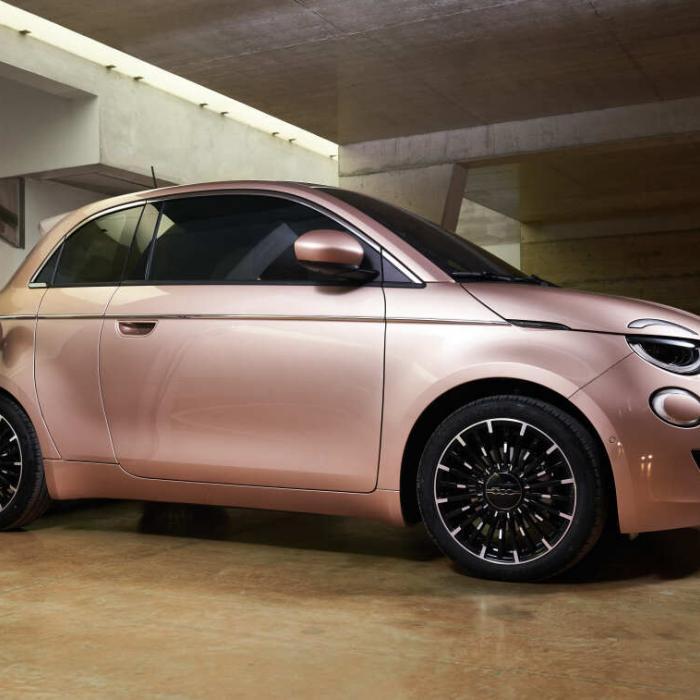 Waarom de elektrische Fiat 500e 3+1 een extra deurtje heeft