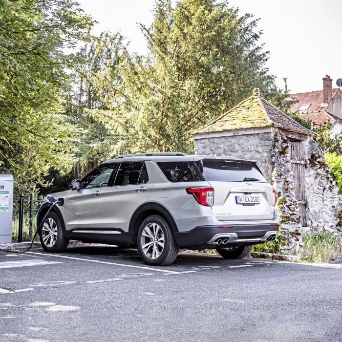 Ford Explorer PHEV: Is Nederland te porren voor een stekker-Amerikaan?