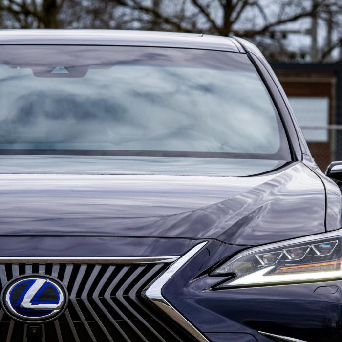 Eerste review Lexus ES 300h: Voegen die digitale buitenspiegels iets toe?