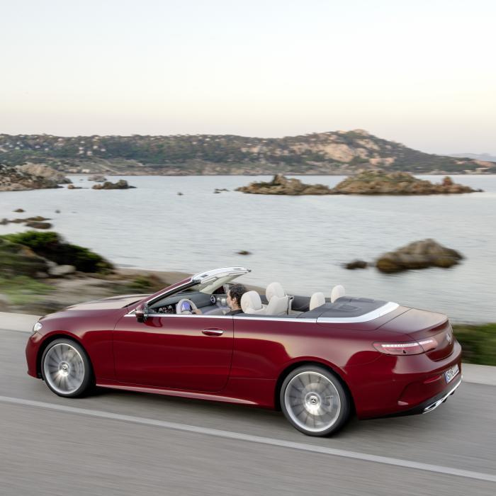 Facelift Mercedes E Klasse Coupé en Cabriolet: geduld wordt beloond