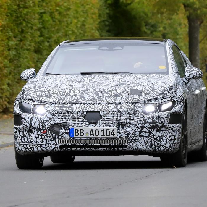 Mercedes EQE: Deze elektrische sedan is van het formaat E-Klasse
