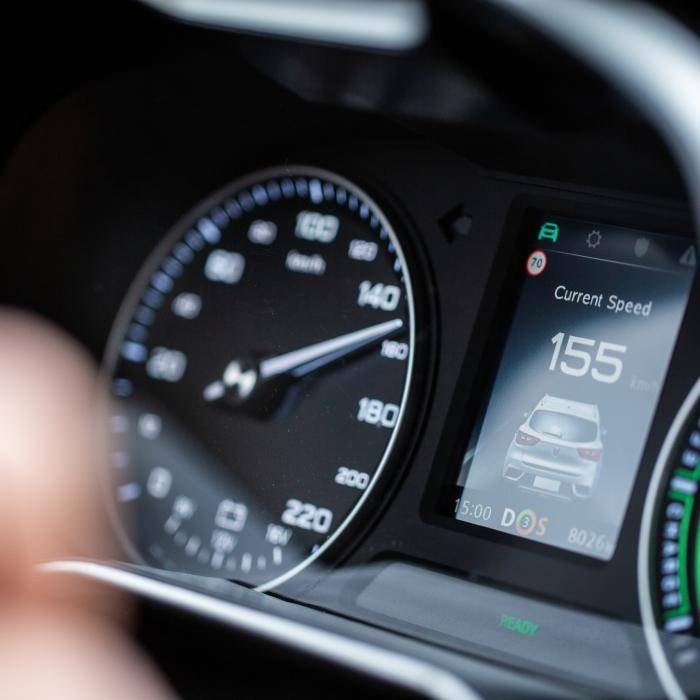 Waarom is de elektrische MG ZS EV opeens 8000 euro goedkoper?