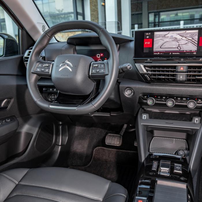 Nieuw basismodel maakt Citroën C4 precies 4000 euro goedkoper