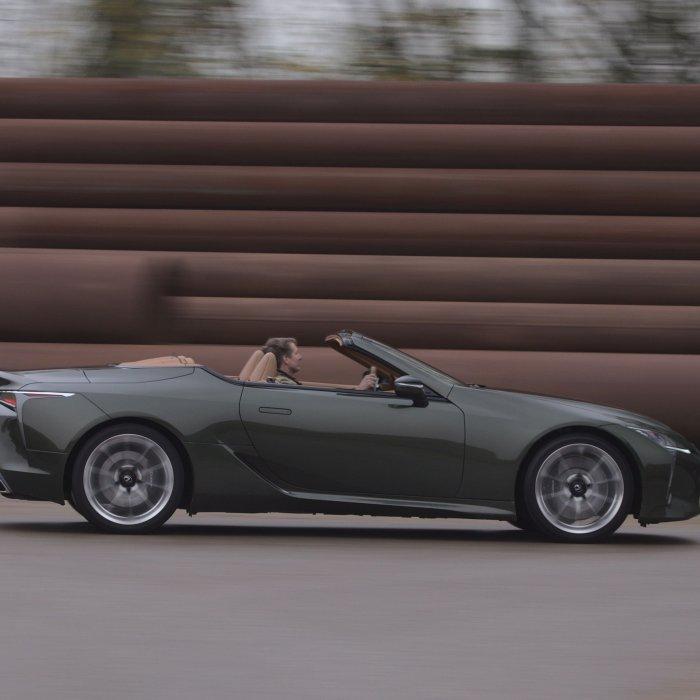 Eerste review: Alleen voor de V8 zou je de Lexus LC 500 Convertible al kopen