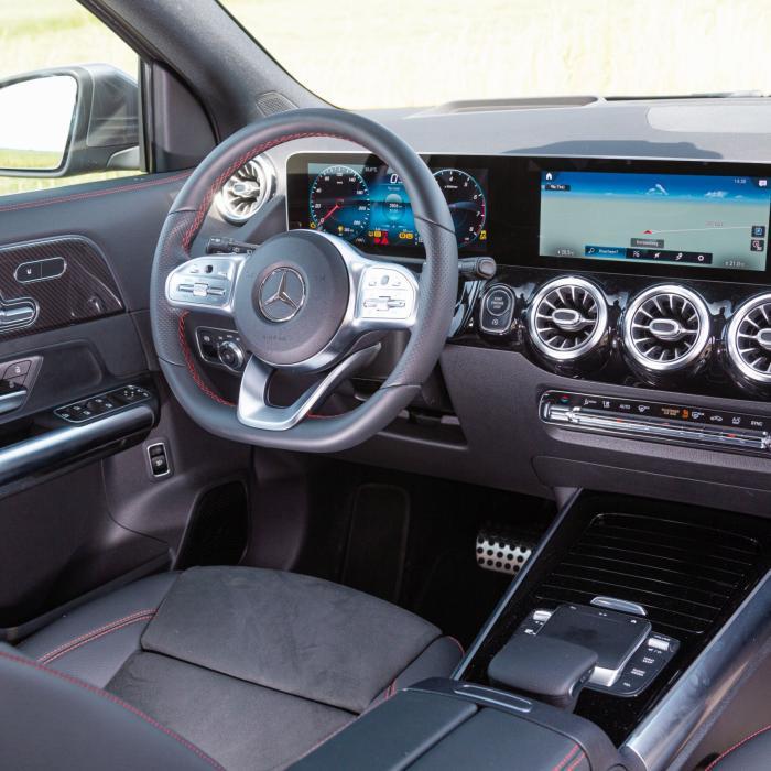 De nieuwe Mercedes GLA stapt uit de schaduw