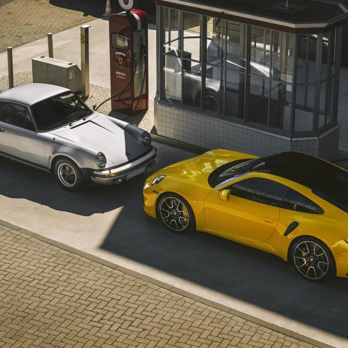 Fotogalerij: Nieuwe Porsche 911 Turbo S ontmoet voorvaders