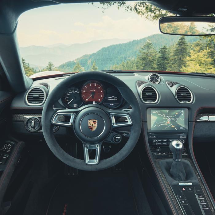 Huh? Porsche keert terug naar zescilinders voor de nieuwe 718 Boxster en Caymant GTS