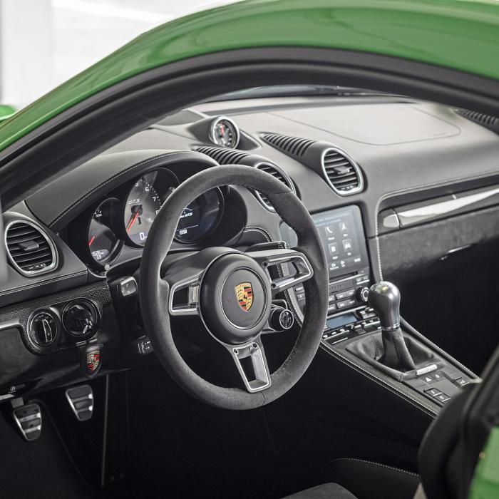 Test: Porsche 718 Cayman GTS 4.0