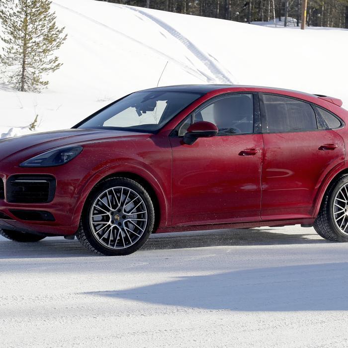 Waarom deze nieuwe Porsche Cayenne Coupé geen caravan kan trekken
