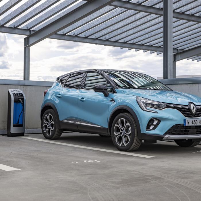 Hoe rijdt de nieuwe Renault Captur plug-in hybride?
