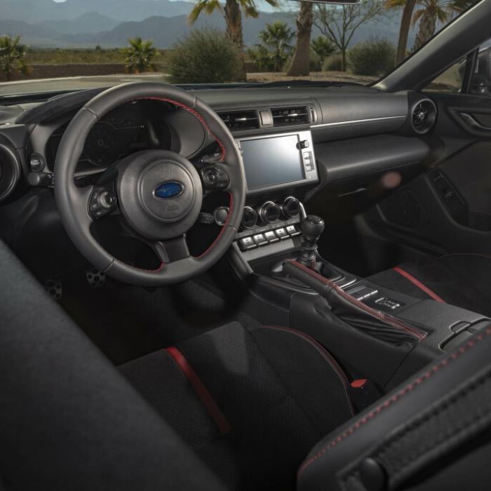 De nieuwe Subaru BRZ rookt als een ketter