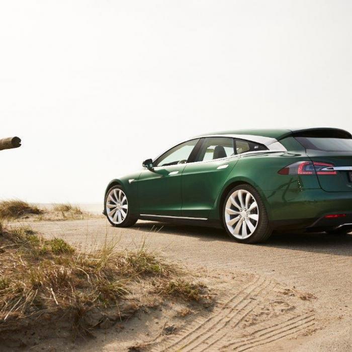 Tesla geeft slechte Chinese chauffeurs de schuld van terugroepactie