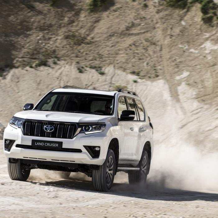 Ssst, niet doorvertellen: ook de nieuwe Toyota Land Cruiser heeft een DIESELMOTOR