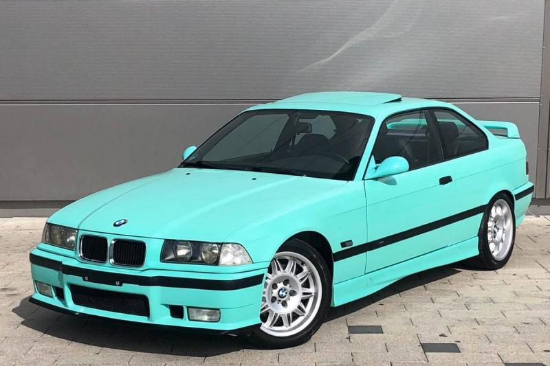 Deze mintgroene BMW M3 E36 vleurt je regenachtige morgen op