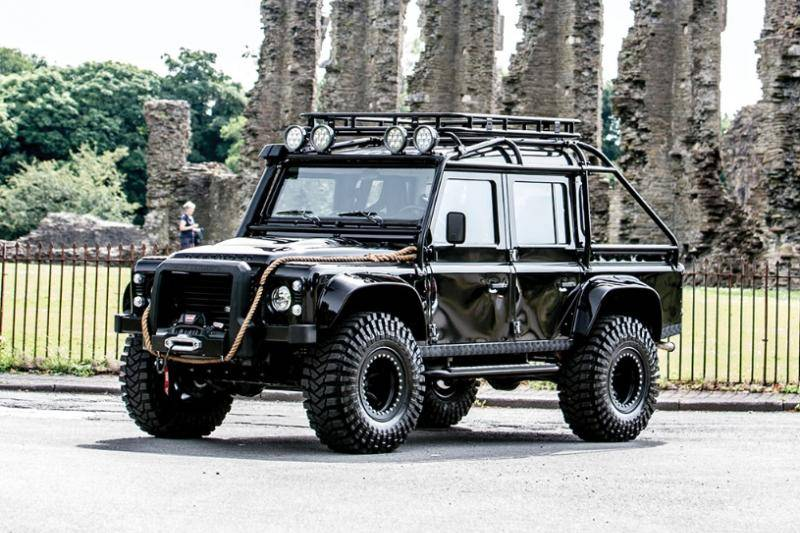 Hebben: Land Rover Defender uit James Bond 'Spectre'