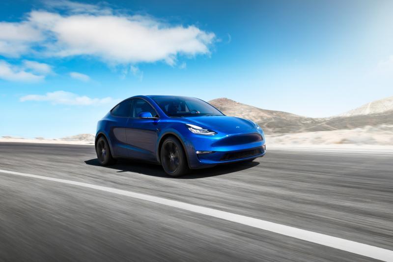 Tesla Model Y krijgt trekhaak – dit is het trekgewicht