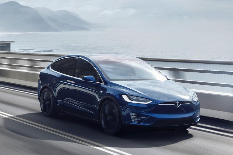 Voor de zoveelste keer: een Tesla op Autopilot is NIET een zelfrijdende auto