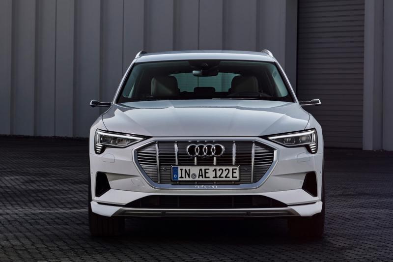 Audi e-tron 50 quattro levert 95 pk in (maar kost 12.200 euro minder)