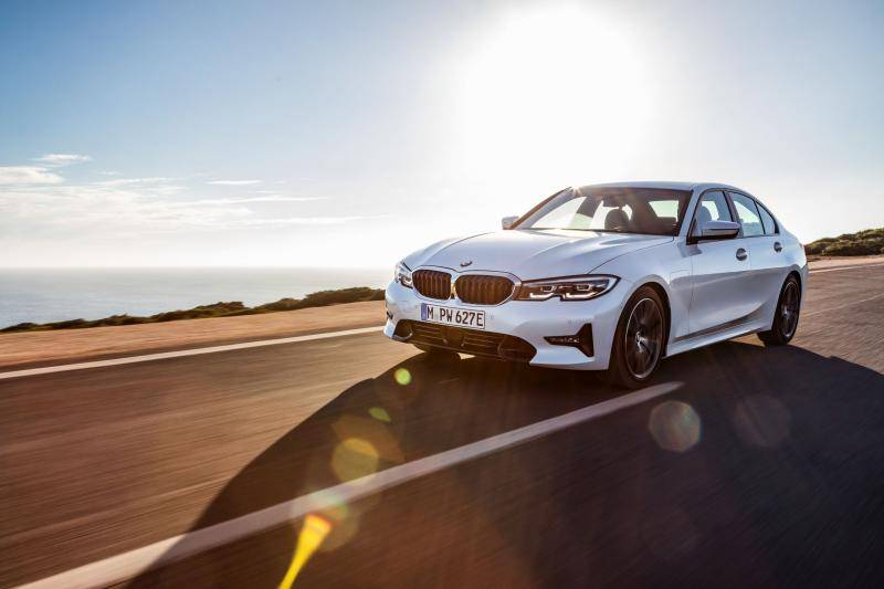 Eerste review BMW 330e