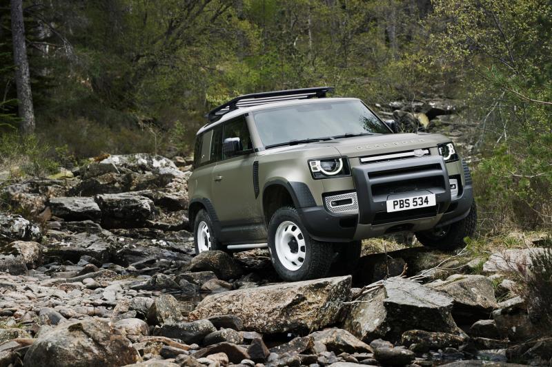 Nieuwe Land Rover Defender weer rasechte terreinbeul