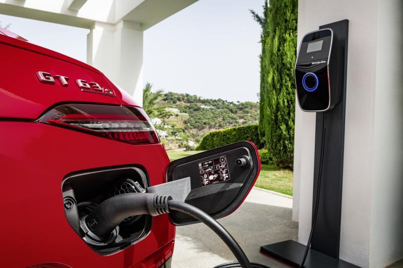 Een plug-in hybride saai? Durf dat tegen de Mercedes-AMG GT 63 S E Performance te zeggen