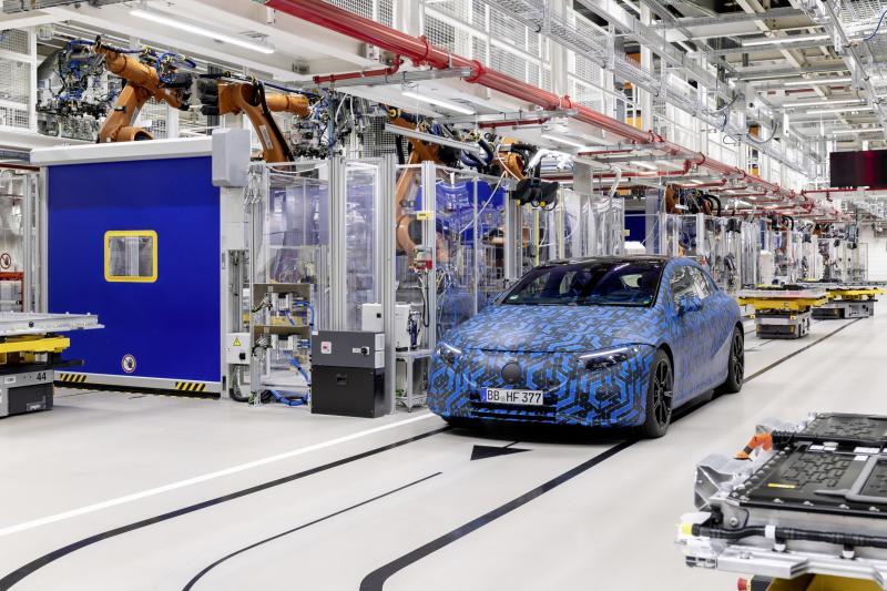 Elektro-offensief: Mercedes lanceert zes elektrische modellen in twee jaar