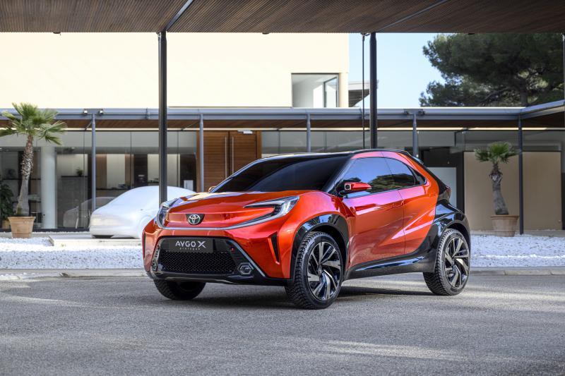 Opvolger van de Toyota Aygo (2022) is HUGE