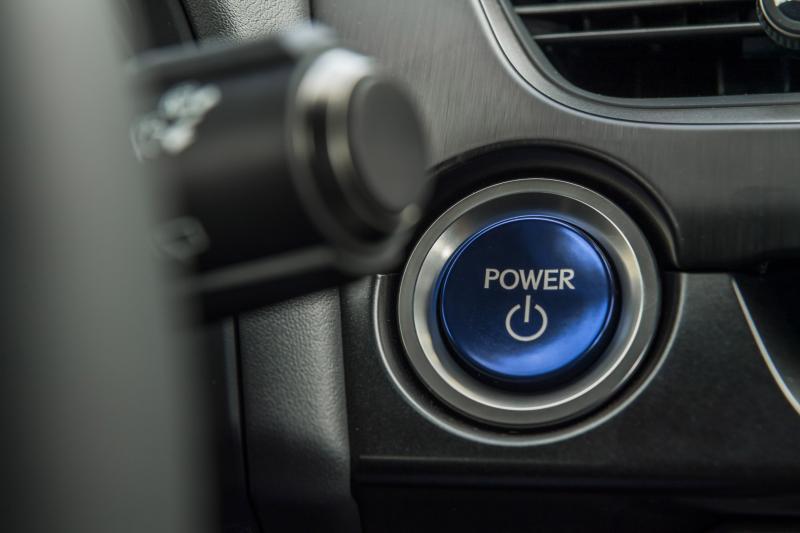 Is de elektrische Lexus UX 300e op tijd voor 8 procent bijtelling?