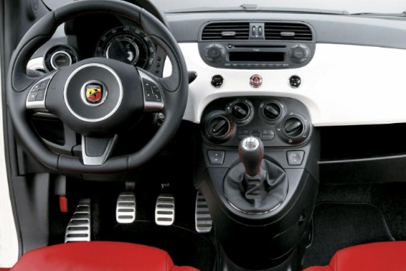Abarth 500 prijzen en specificaties