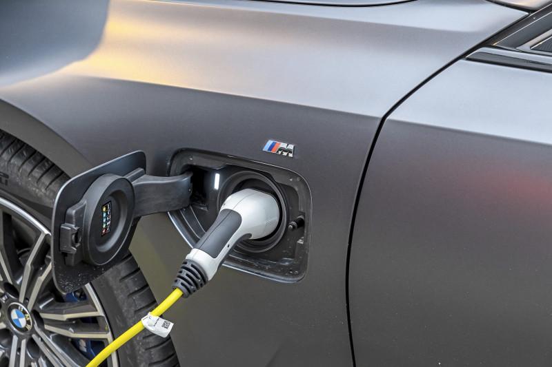 Plug-in hybride of elektrisch: actieradius gemeten
