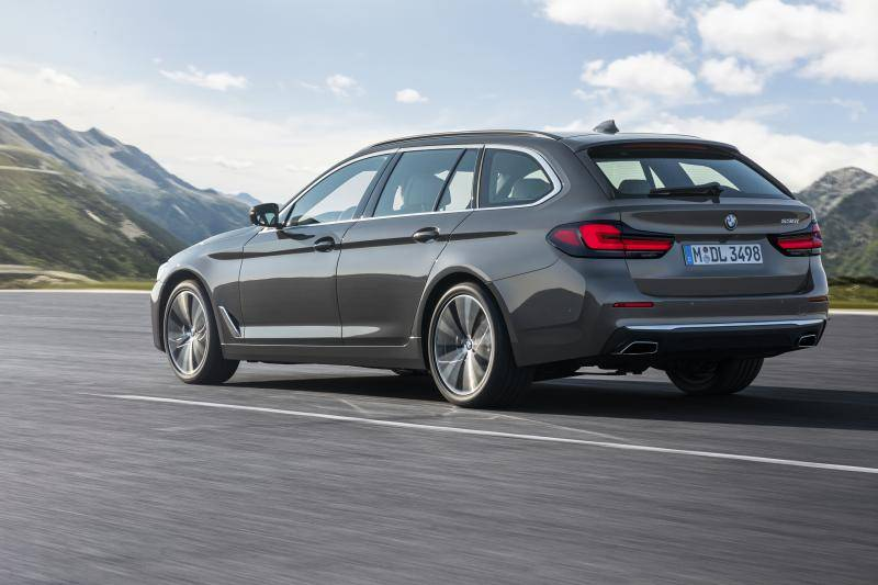 Gefacelifte BMW 5-serie heeft gelukkig geen hazetanden