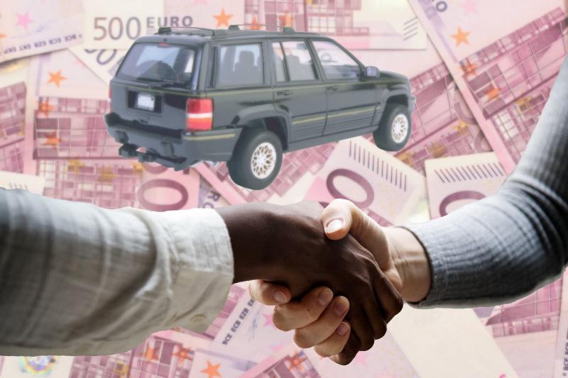 Tweedehands auto kopen bij particulier of dealer? Lees hier de tips - Autoreview.nl