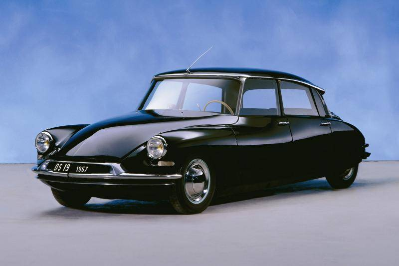 Column Maarten van Rossem - Deze auto's vinden jullie klassiekers!