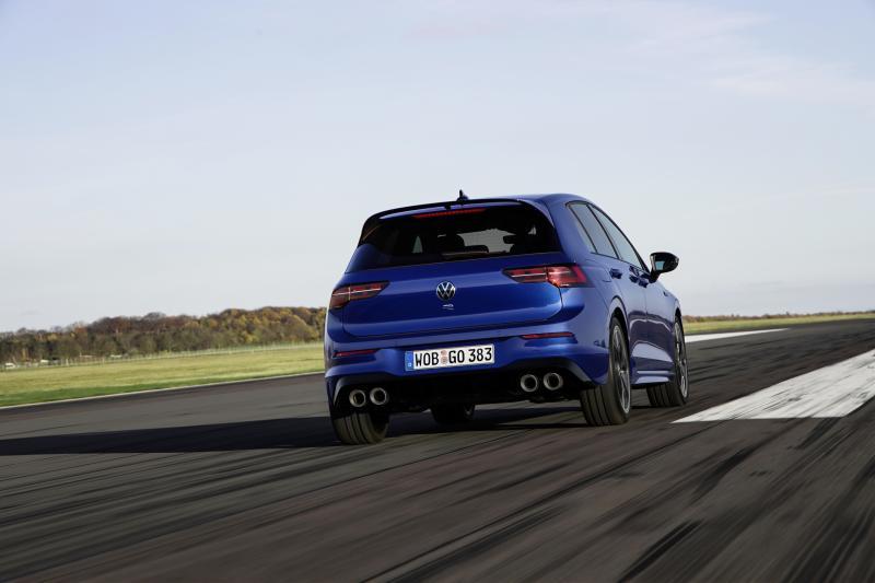 Volkswagen Golf R is 15.000 euro duurder dan Golf GTI