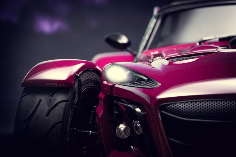 In de Donkervoort D8 GTO Individual Series loop je paars aan van angst