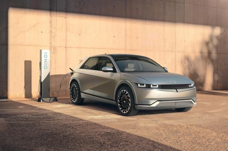 Waarom de Mercedes onder de elektrische auto's nu uit Korea komt