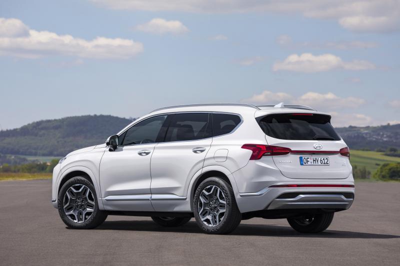Fraaie nieuwe Hyundai Santa Fe eist 45.000 euro van je